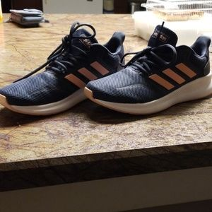 Women's Adidas Size 9 Shoes